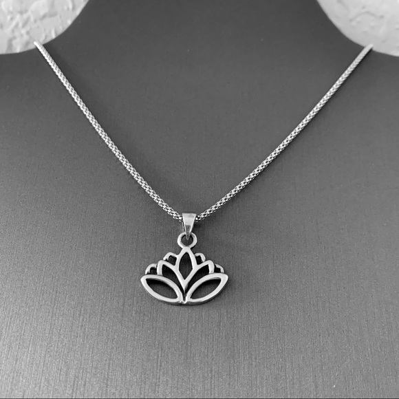 Jewelry New Sterling Silver Lotus Flower Necklace Poshmark